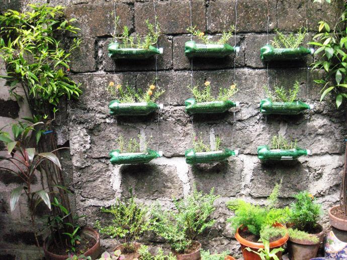Diy floating bottle planters for Floating plant pots