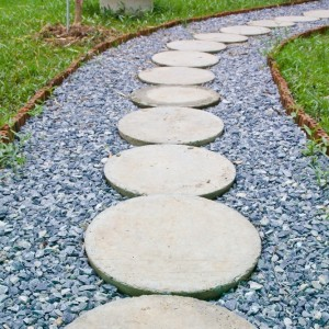 blue slate around stepping stones resized